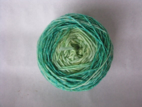 Knitcircus Harlequin DK 100% Superwash Merino Wool USA Made Color: Mint Meltaway Gradient