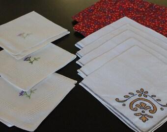 Lot of 10 Vintage Napkins Lt05 - Vintage Linens / Vintage Napkin Lot / Antique Linens / Vintage Embroidery / Embroidered Napkins