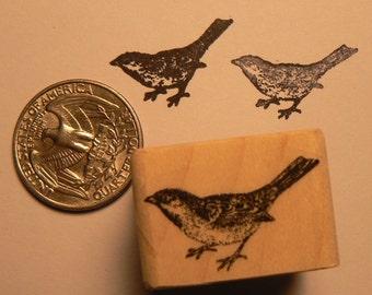 P24 Sparrow bird rubber stamp miniature