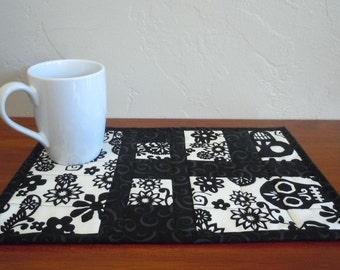 Viva Skulls- Mug Rug: Ready to Ship, snack mat, mug rug, mini quilt, housewarming gift, skulls, black, white