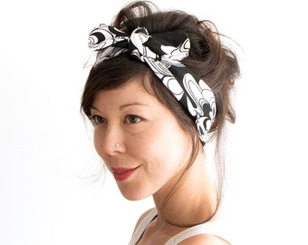 SALE // Skinny Bow Tie Headband // Knot Headband // Tie Up Headscarf // Black and White Floral