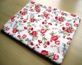 """Mini Roses - Macbook 13"""" Air or Macbook 13 Inch Pro - Laptop Cover - Laptop Sleeve - Case - Bag - Padded and Zipper Closure"""