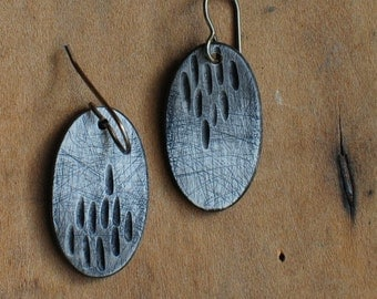 Earthy earrings, ecru, off white, organic