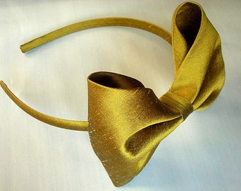 Agnes dupioni silk headband with large bow greenisg gold