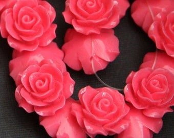 10 pcs of  Resin flower bead 18mm- Hot pink