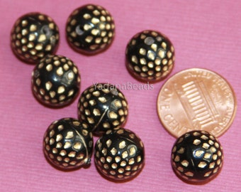 50 pcs of  Acrylic round beads with spot12mm black with gold accent