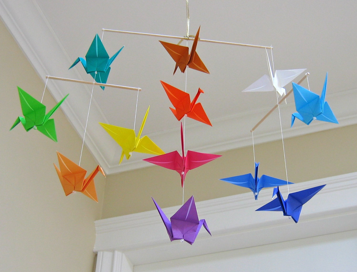 Origami crane mobile rainbow modern baby room decor for Decoration origami