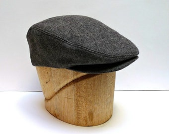 Men's Driving Cap in Gray Wool - Flat Cap - Made to Order - 3 WEEKS FOR SHIPPING