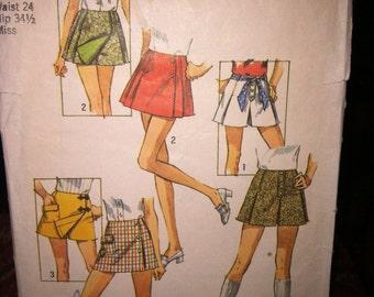 Vintage Simplicity Sewing Pattern 8698