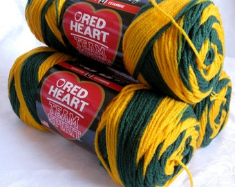 Team Spirit yarn, Green gold yarn, worsted weight, acrylic, Red Heart Super Saver