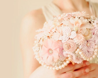 Wedding brooch bouquet - ANTOINETTE De Luxe -  vintage flower Brooches and Earrings, Pearls