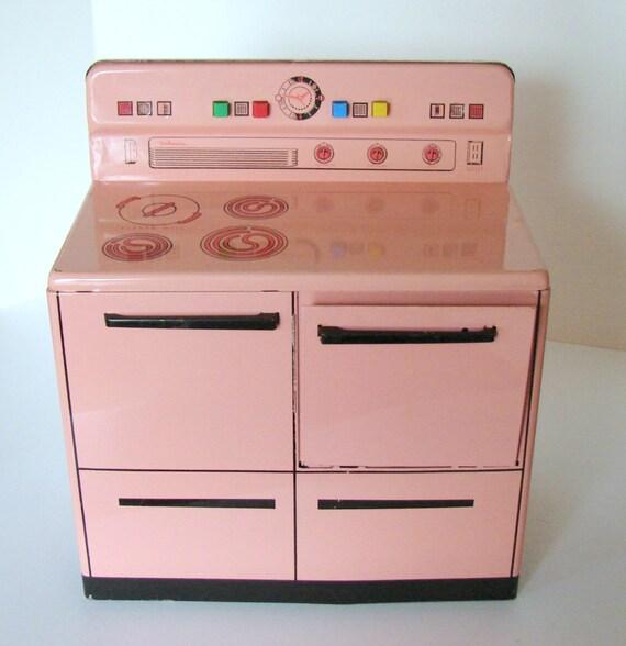 Wolverine Vintage Pink Tin Stove