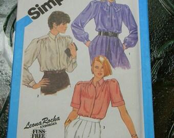 Vintage Simplicity Blouse Pattern N6495 Uncut, Size 8