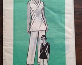 1970s Tunic and Pants pattern BUST 40 Marian Martin