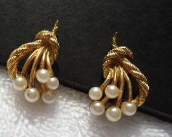 TRAFARI Vintage Earrings