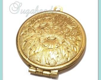2 Round Brass Lockets - Brass Flower Lockets 32mm x 27mm PB20