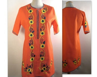 60s Mini Dress Shift w Hand Embroidered Flowers S