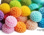 100pc mini chrysanthemum flower cabochons / 15mm / 26 colors / wholesale resin flowers for diy hairpins, earrings and rings