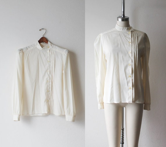 SALE - 1970's Pleated Sheer Blouse Size Small to Medium