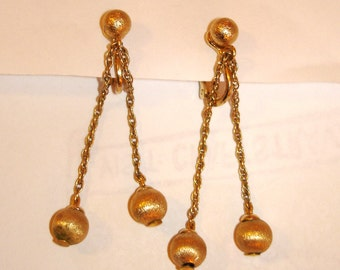vintage NAPIER brushed gold dangling ball and chain earrings