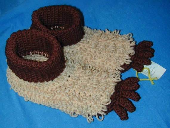 "Unique Fun ""Bigfoot"" Slippers Crocheted Size Adult Large"