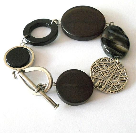 Black bracelet, black agate and onyx bracelet,  statement bracelet, statement jewelry, chunky bracelet, funky jewelry, abstract jewelry