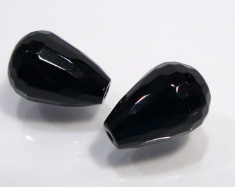 2 Beads....Black Onyx Faceted Gemstone Briolette Bead....14x10mm...BB