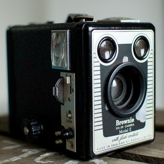 Six 20 brownie camera model essay