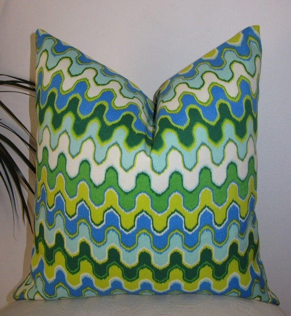 """NEW Indoor/Outdoor Geometric Green Aqua Yellow and Blue Pillow Cover 18""""x18""""Pillowcase"""