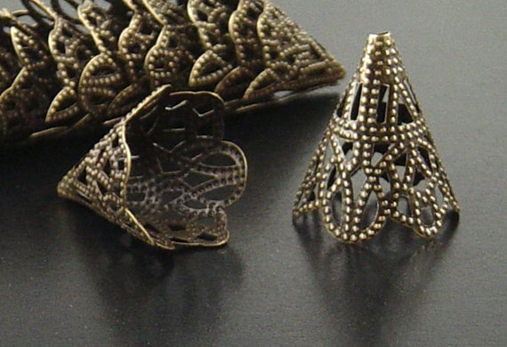 Bronze Bead Cap 50 Cones Antique Bronze Filigree 22mm x 17mm (1025cap22z1)xz