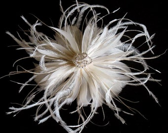 Ivory bridal feather fascinator - rhinestone feather bridal comb - feather hairpiece