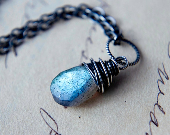 Labradorite Necklace Sterling Silver Wire Wrapped Midnight Blue Stone Night Sky Fashion PoleStar
