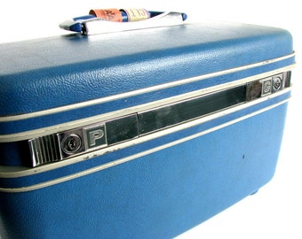 Vintage Hard Sided, Blue Samsonite Silhouette Train Case Suitcase