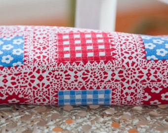 Mod Daisies and Ginghams- Vintage Fabric Juvenile Novelty Geometric Plaid