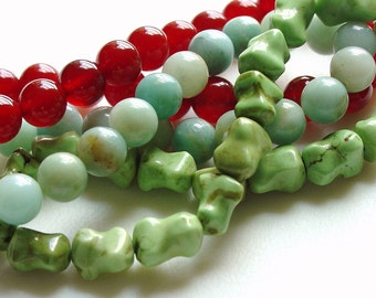 Hand Carved Green Magnesite Stone Bracelet / Mint / Mint Green / Stone / Bones / Hand Carved / Light Green / Stretchy Bracelet / Stackable