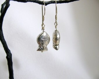 Sterling Silver Hill Tribe Fish Bead Earrings RKS264