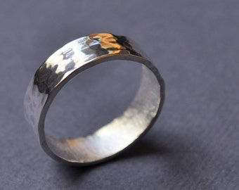 Pond Ripple 6mm Wedding Band. Faceted Band. Modern Contemporary Simple Sleek Elegant Design. Sterling Silver. Jewellery. Jewelry.