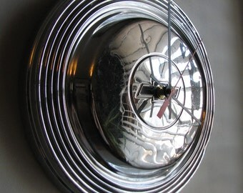 1966 Chevy Biscayne Police Hubcap Clock no. 2504