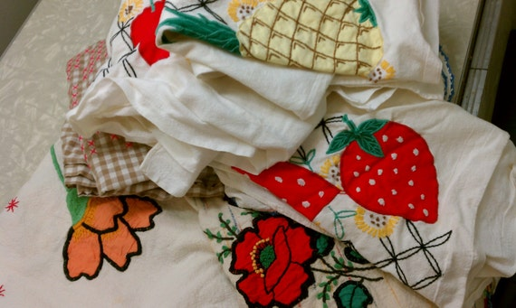 Cutter Lot of 7 Vintage Tablecloths Runners Linens Textiles for Sewing & Crafting