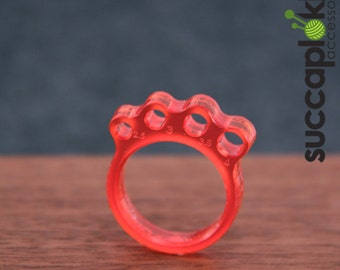 KNIT or DIE! -Power Ring- (EUR/mm), Light weight red ring with a knitting needle gauge and with custom fitting