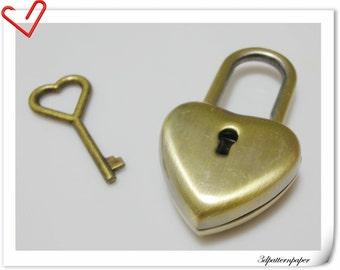 antique lock and key  heart Charm  4.5cmx2.5cm E48