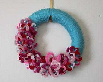 Hearts Wreath, Valentines Day Wreath, Yarn Wreath, Blue and Red Wreath, 14 inch Size - Ready to Ship