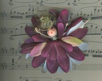 Blonde Flower Fairy with Burgundy and White Petals (010)