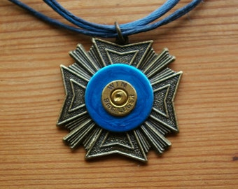 Military Medal Pendant in Brass and Navy