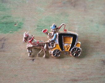 Vintage Stagecoach / Horse and Carriage BROOCH