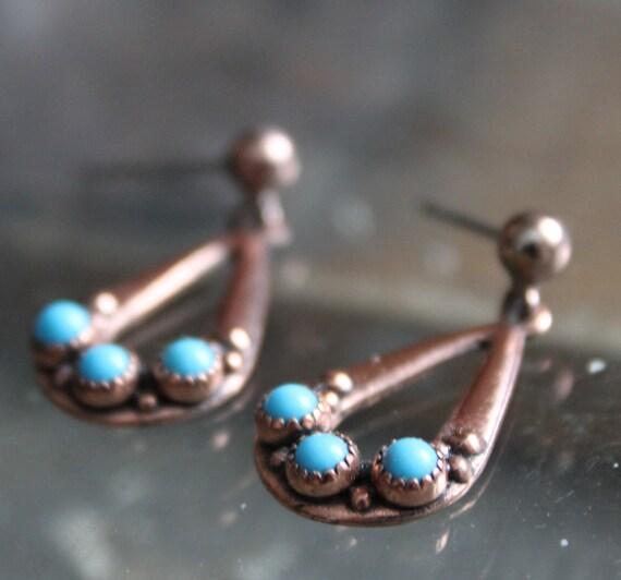 Vintage WM co Copper Turquoise Earrings Dangle