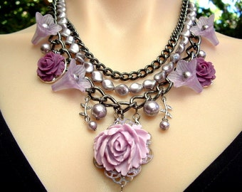 Pearl, Gunmetal Chain and Flowers Chunky Statement Necklace in Mauve Lilac Purple