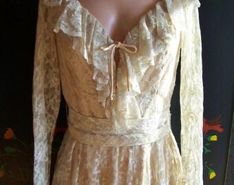Vintage Lace Dress, 60s Lace dress, Designer Lace dress, SAX FIFTH AVE dress, Vintage Lace Wedding dress, size M