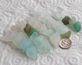 30 Natural Sea Glass Hearts Centre Drilled 2mm holes Imperfections Supplies (1583)