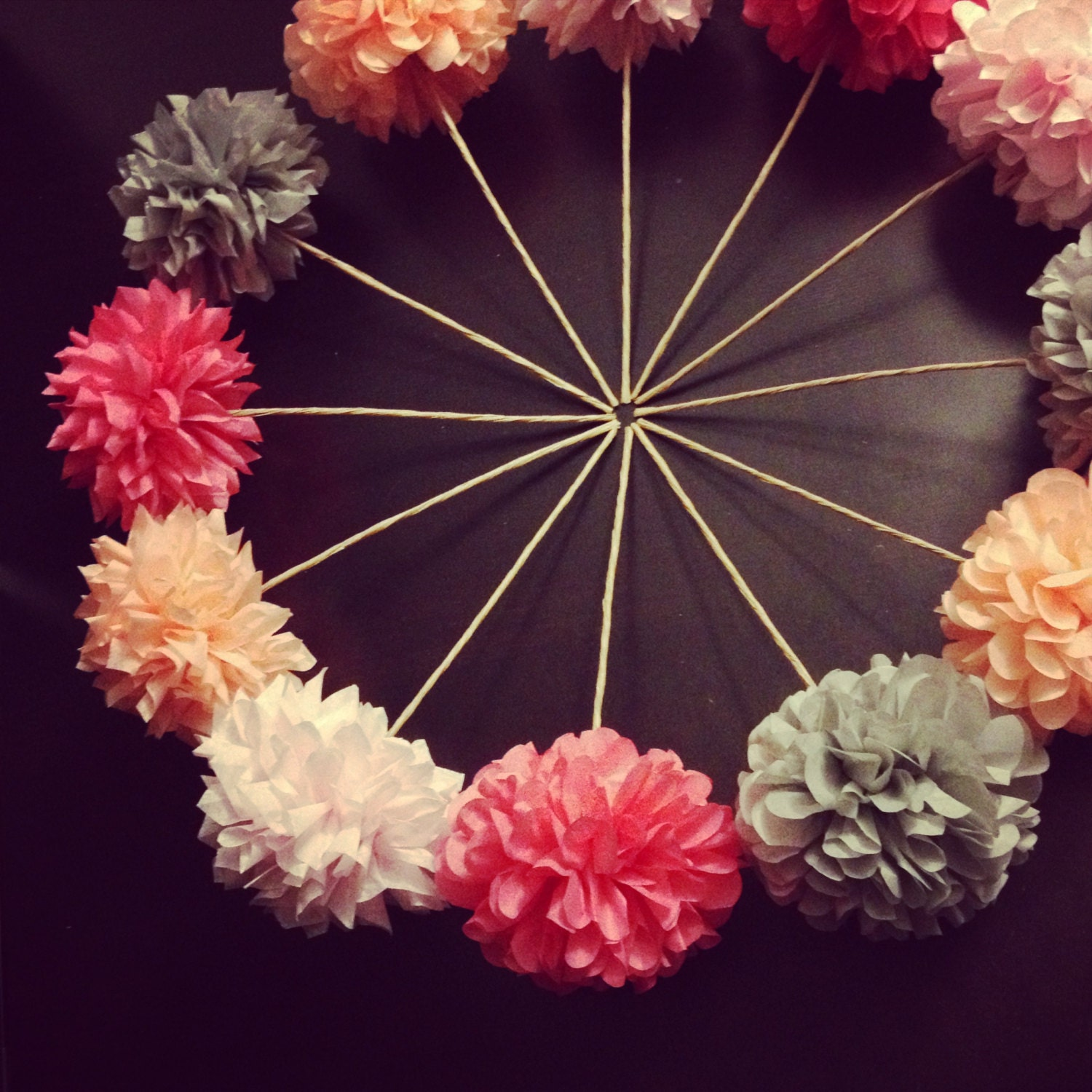 Diy pom flowers 10 count wedding decorations table for Flower decoration made of paper